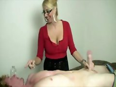 Blonde mature with glasses jerking dong