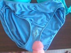 cumming over my preggo wifes dirty panties