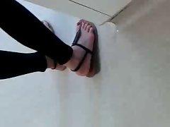 Public Feet 59