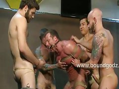 Derek Pain loves dunking and breath play