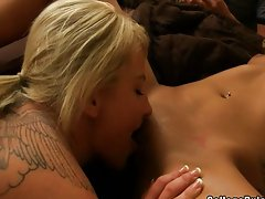 Two hot lesbians lick each others vagina