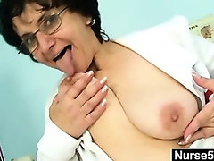Old lady head nurse kinky hairy pussy spreading