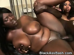Black Ghetto Sluts Get Pounded In Threesome