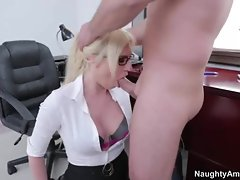 Victoria White gets her moist mouth stuffed with cock