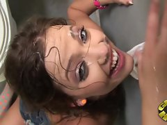 Ashlynn Leigh gets her face plastered with cum