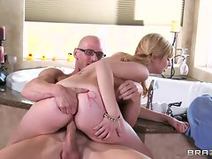 Blistering Molly Bennett rides this dick up her slit