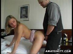 Amateur girlfriend masturbates and fucks with cumshot