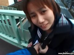 Sexy Teen Japanese Flashing Body In Public movie-20