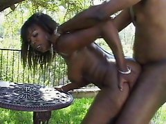Hungry ebony big ass slut pounding outdoors