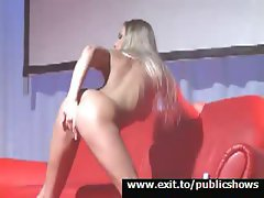Camilla, blond sexy and untamed performance