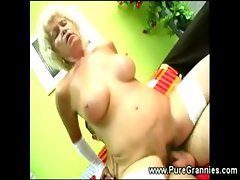 Kinky gilf hairy muff filled with cock