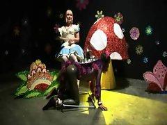 Kinky Alice In Wonderland Chapter 1 AliceInBondageLand