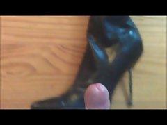 Fetish man inboots and gloves cum on boot heels