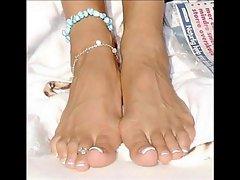 Victoria Beckhams Feet & Toes