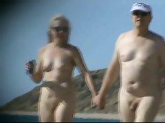 more ladies at nudebeachcravings