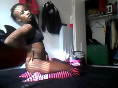 Wild Pierced Ebony Sizzling teen Luscious Bedroom Dance - Ameman
