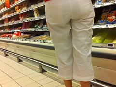 Butt voyeur 04 - See through attractive mature white pants