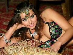 Alla Kushnir Luscious Belly Dancer Slideshow