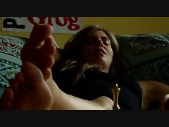 Manuela Velasco lezzy foot worship clip.