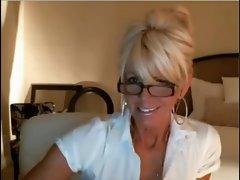 Blondie Mommy Webcam Tease -2