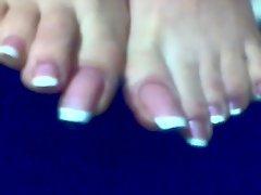 Luscious feet 1