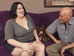 Dark haired BBW-Milf wild banged