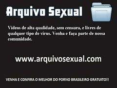 Vadia gostosa dando a bucetinha 2 - www.arquivosexual.com
