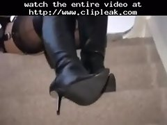 Mistress In Boots And Stockings