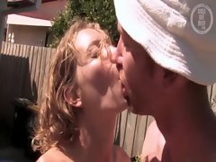 Amateur couple try outdoor anal in the hot sun and have fun
