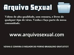 Peituda deli&ccedil_iosa dando uma aula de trepa&ccedil_&atilde_o 1 - www.arquivosexual.com