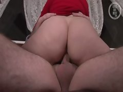 Chubby amateur couple get to fucking and sucking in reality