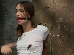 Naughty little slut Amber Rayne getting off with her nipple clamps