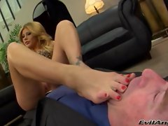 Alluring Brooklyn Lee gets her slave to suck her toes