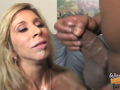 Morgan Ray humiliate her son by flirting with black guy
