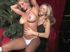 Anita Dark play the body of hottie blonde chick