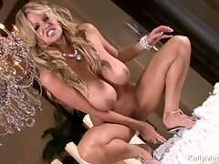Kelly Madison alone with her big toy in hot pussy