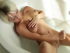 blond beautys Megan morning shower
