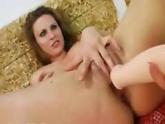 two girsl fucking anal with poof