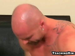 Young twink getting fucked anally by a mature stud