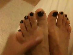 moisterizin my feet