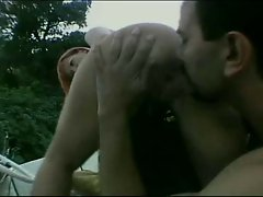 Hot outdoor groupsex action