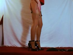 Dee the Crossdresser - Tease 03