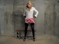 Young sissy crossdresser desperatetranny