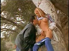 Nicole Sheridan gives a great blowjob outdoors
