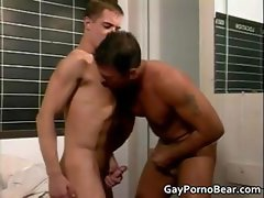 Gratis homosexual bears fucked part4