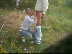 Chick in a sweater fucked in a field