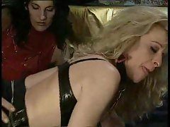 Kinky threesome with leather sluts