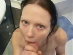 Boyfriend films her giving head in bathroom