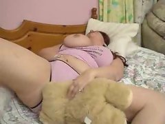 Pussy play between fat lezzie sluts