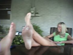 Neighbor Ladies Talk About Foot Fetish